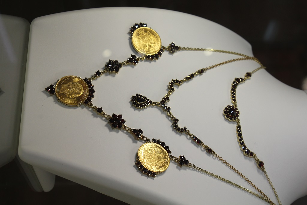 nahr.zlat.mince